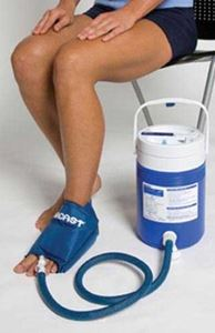 Picture of Aircast Cryo/Cuff For Large Foot  with Cooler (Non Motorized Kit)